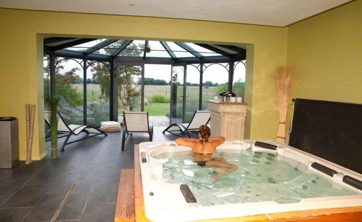 villa met jacuzzi en zwembad